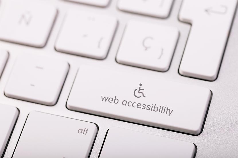 Clavier Mac avec une touche activer l'accessibilité web